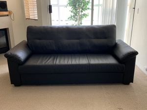 Like new espresso couch! Best offer! for Sale in Brentwood, CA