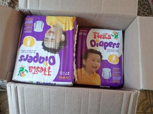 Diapers Size 5 for Sale in East Los Angeles, CA