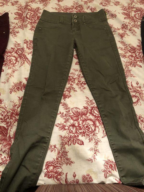 Lot of 3 teen girl( juniors) pants