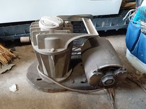 Paint air compressor for Sale in Manchester, MO