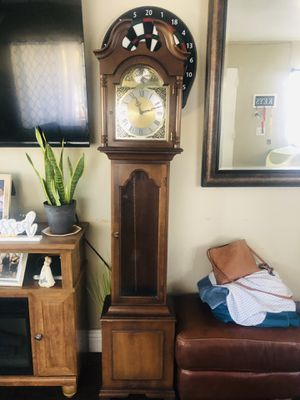 Antique grandfather clock for Sale in Long Beach, CA