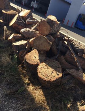 FREE WOOD for Sale in Stanton, CA