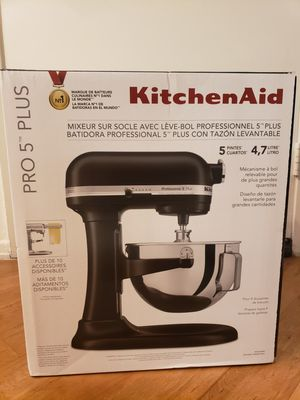 Kitchen aid mixer for Sale in Irvine, CA