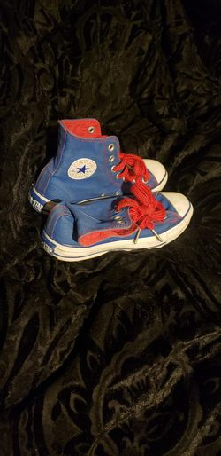 Converse Size Men's Size 4 Women 6 for Sale in Choctaw,  OK