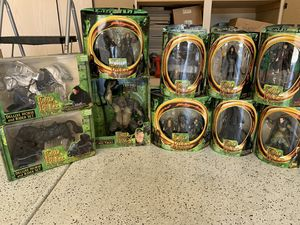 Toy Biz Lord of the Rings FOTR figures set for Sale in Phoenix, AZ