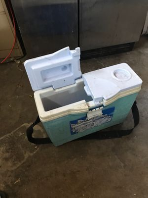 Ice Chest for Sale in Stockton, CA
