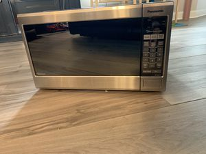 Panasonic Stainless Steel Microwave Oven for Sale in Roselle, NJ