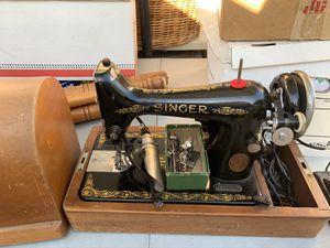 Vintage singer sewing machine. for Sale in Burbank, CA