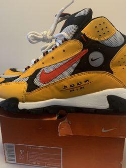Nike Air Terra Sertig Size 9.5 for Sale in Laurel,  MD