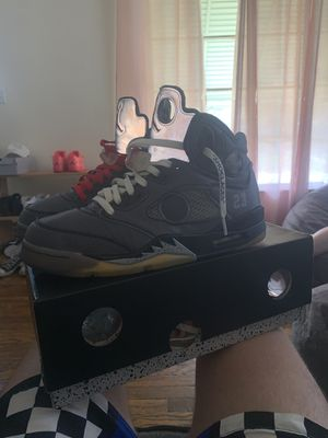 Air Jordan Off White 5s for Sale in Cleveland, OH