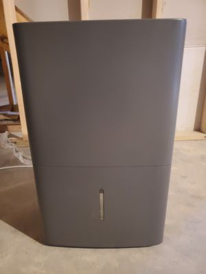 GE Outatanding Dehumidifier.. covers the 4000 area of basement. Band new... works excellent. Come get it before it is gone. for Sale in Plain City, OH