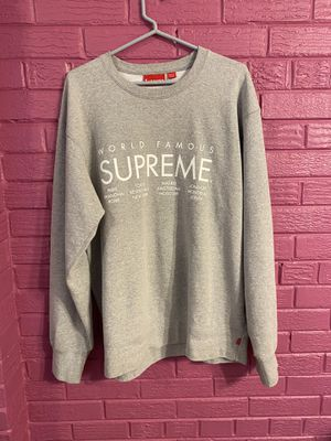 Supreme world famous crewneck 2016 XL for Sale in Silver Spring, MD