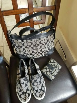 Coach bundle for Sale in Lincoln Acres, CA
