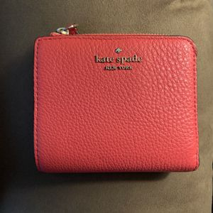 Kate Spade Wallet for Sale in Stoughton, MA