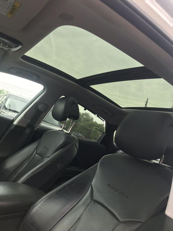 2012 Hyundai nice car must see 159k