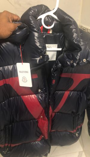 Moncler Valentino Bomber (AUTHENTICATED PROOF) for Sale in Atlanta, GA