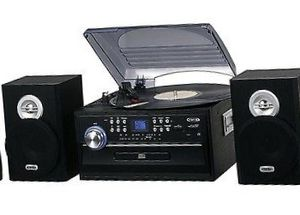 3-Speed Stereo Turntable with CD, Cassette and AM/FM Radio by Jensen for Sale in Robinson, TX