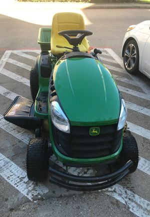 Jhon deeer E130 (year 2018) for Sale in Dallas, TX