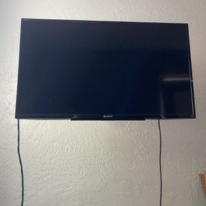 """Sony 32"""" Tv for Sale in Oakland, CA"""