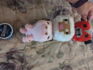 Minecraft pink pig, sheep, cow 5 inch plushies. Excellent condition for Sale in Cypress, TX