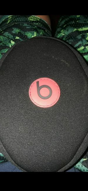 Beats solo by dre for Sale in San Lorenzo, CA
