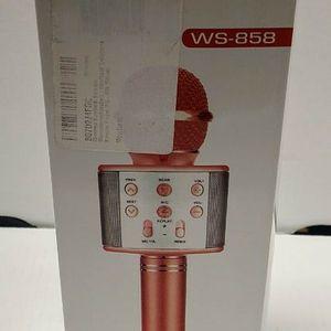 2 PACK Wireless Microphone Karaoke SPEAK for Sale in Buffalo, NY