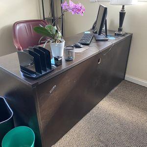 Desks for Sale in Commack, NY