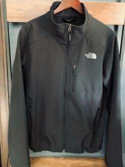 The North Face Men's Large Apex Bionic Jacket, Black for Sale in Wauwatosa,  WI