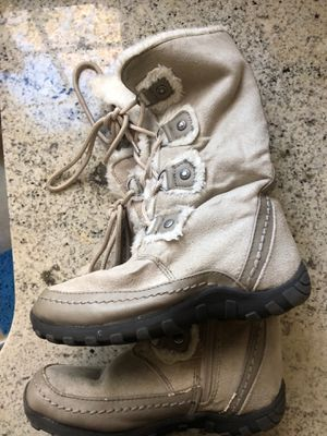 Girls Toddler Winter Boots Size 13 1/2 for Sale in Walpole, MA