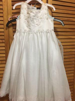 Girl Wedding dress size 3T for Sale in Hialeah, FL