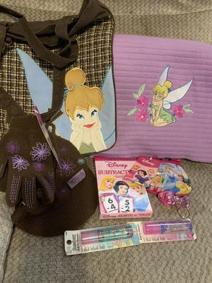 Tinkerbell Purse & Fleece Throw & Wizards of Waverly Place Knit Cap & Gloves for Sale in Reedley, CA