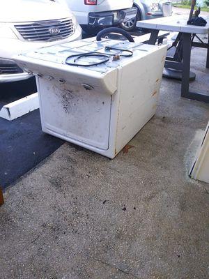 Para hierro lavadora .tanque de agua y un aire de pared for Sale in Miami, FL