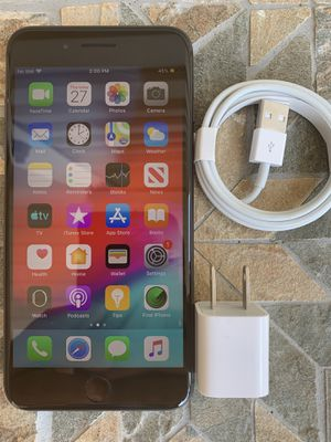iPhone 8plus unlocked 256gb for Sale in Waltham, MA
