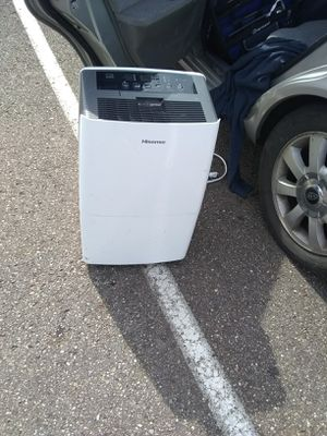 Hisense dehumidifier for Sale in Akron, OH