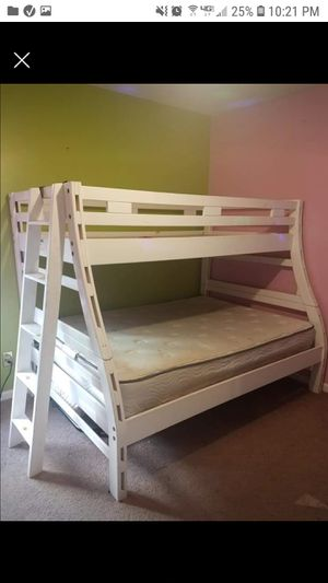 Bunk bed for Sale in Summerville, SC