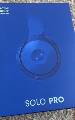 Beats Solo Pro Wireless Headphones for Sale in Sunnyvale,  CA