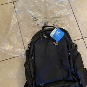 """V7-Laptop Backpack 16"""", new, not used for Sale in Pompano Beach, FL"""