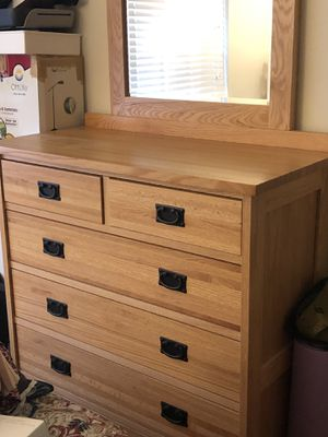 King bedroom set with storage for Sale in Monrovia, MD