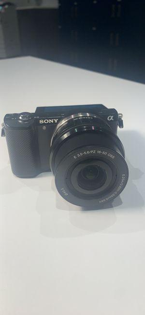 Sony Alpha a5000 20.1MP Digital Camera - Black (Kit w/ E PZ OSS 16-50mm Lens) for Sale in South Lyon, MI