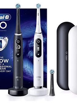 Oral-B iO Series 7c Rechargeable Toothbrush 2-pack for Sale in Marysville,  WA