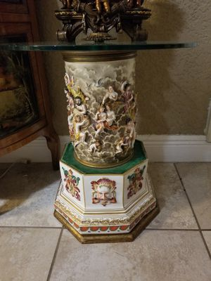 Antique Capodimonte porcelain table for Sale in Miami, FL