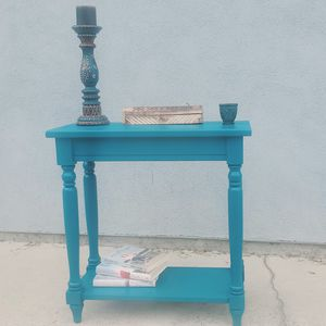 Turquoise end/sofa table for Sale in West Covina, CA