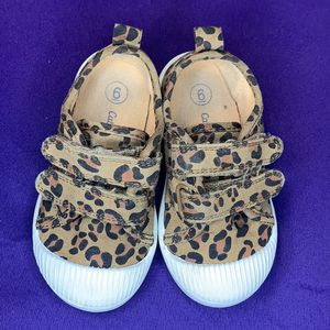 Cat & Jack Leopard Shoes Toddler Size 6 for Sale in Henderson, NV