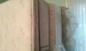 King size mattress and box spring spc, for Sale in US