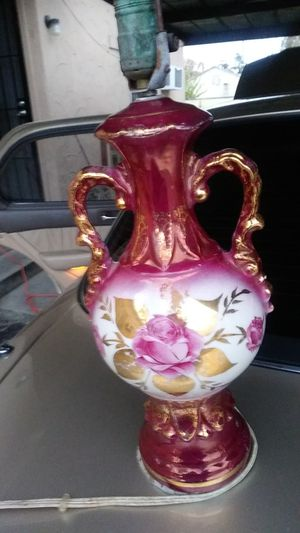Antique porclin lamp for Sale in Fresno, CA