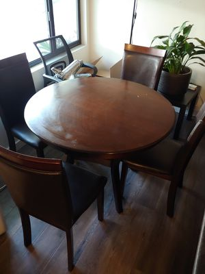 Kitchen table with 4 chairs for Sale in West Hollywood, CA