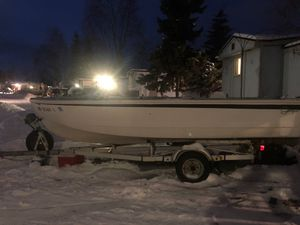 Glasspar Avalon 16' 1950s classic ,needs work , I have windshield,fuel tank ,motor sold separate for Sale in Anchorage, AK