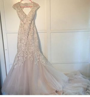 Allure Couture one of a kind lace, mermaid wedding dress for Sale in Woodbridge, VA