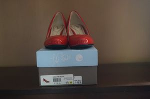 Life stride Fire red patent leather heels for Sale in Smyrna, TN