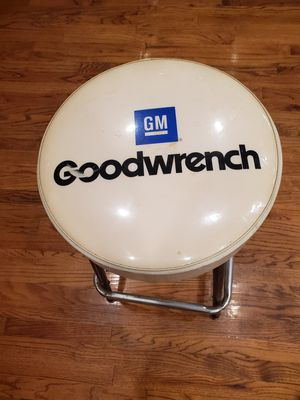GM GOODWRENCH SHOP STOOL for Sale in Grove City, OH